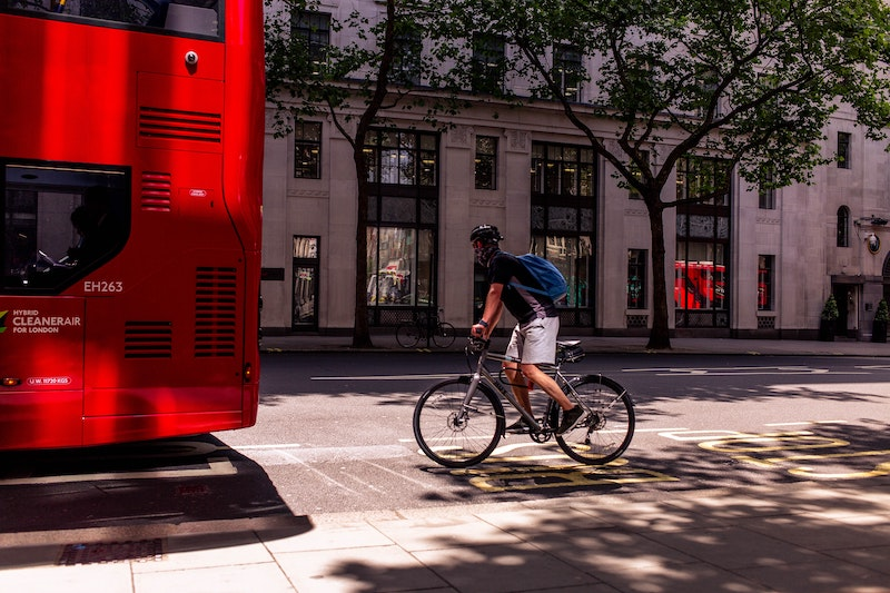 £2 billion package to help more commuters cycle and walk to work after lockdown