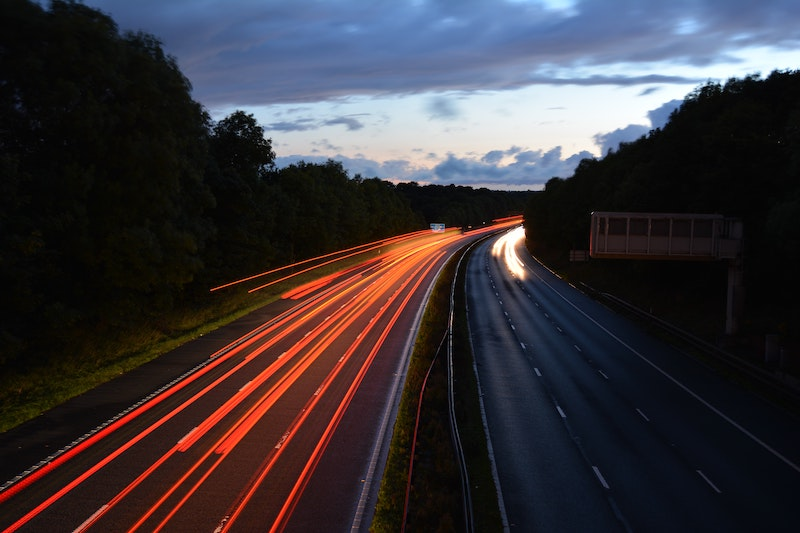 Sections of UK motorways slowed to 60mph in a bid to tackle pollution