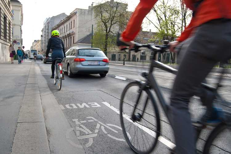 Safer roads and 'cut-price' insurance for bike-aware drivers