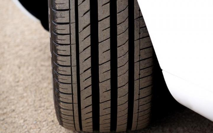 Motorists warned over buying unsafe used tyres