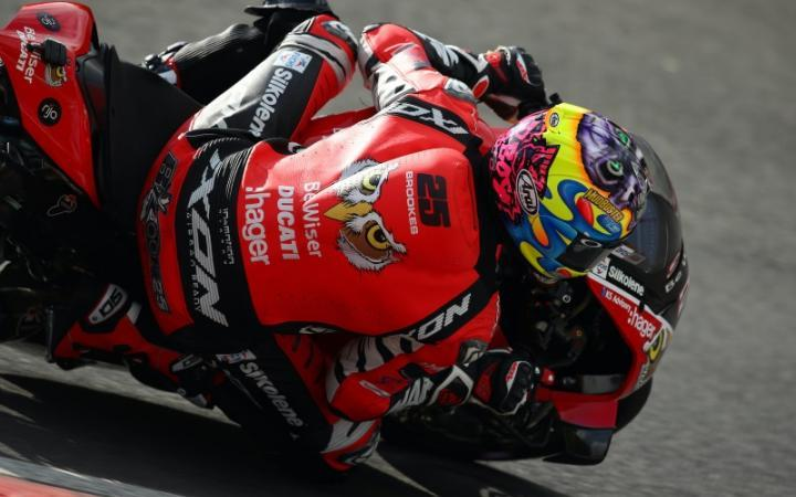 Brookes Takes Opening Brands Hatch Win, Redding On Podium