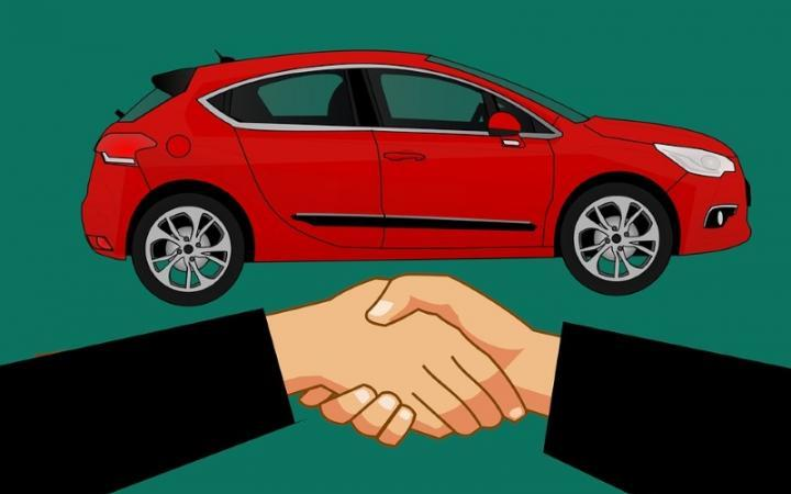 Should You Auto-Renew Your Car Insurance Policy?