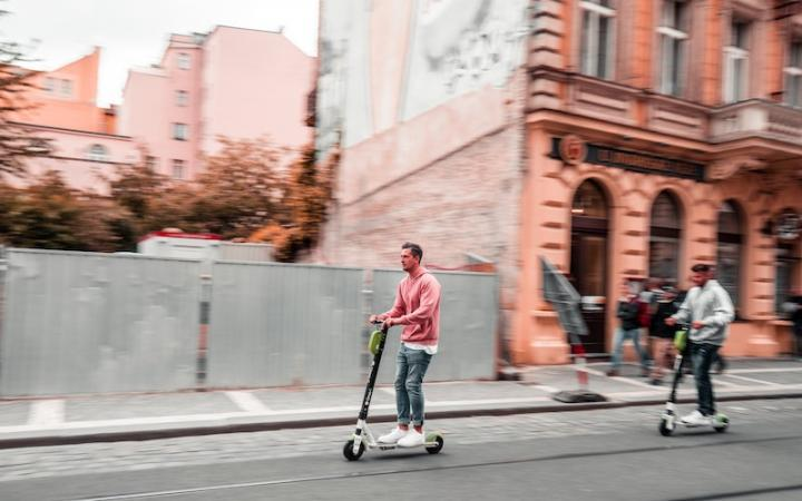Will roads be full of electric scooters under proposed plans?