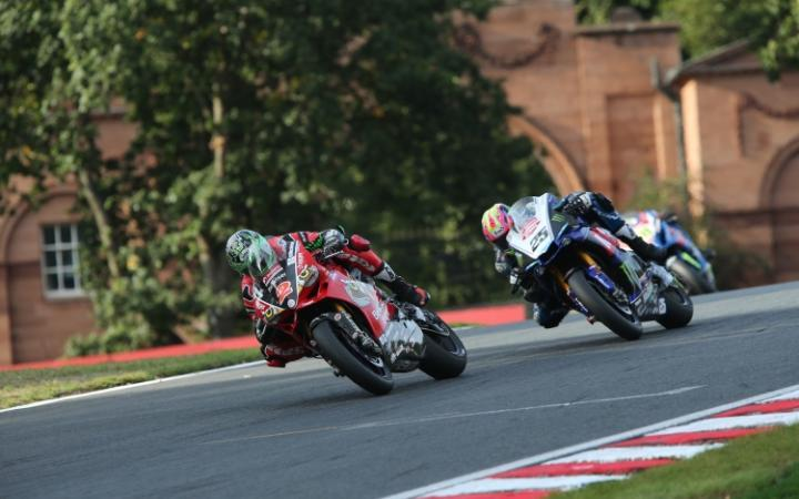 Solid Performances From Irwin Brothers At Oulton Park