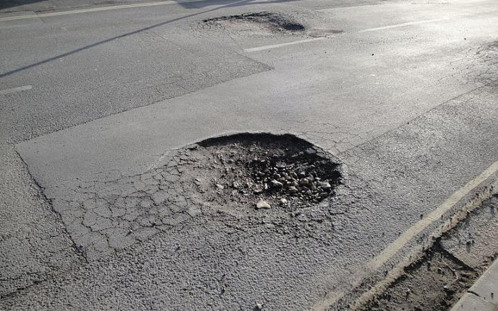 MPs launch an inquiry into funds for pothole-riddled routes