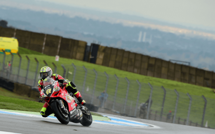 Row Two For Byrne At Donington Park