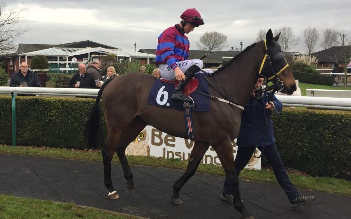 The ever-popular 12-year-old General Tufto prepares for his 200th career start in a Southwell handicap before Christmas.