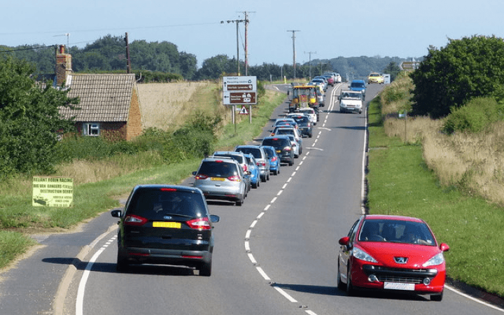 Gridlock UK : Britons waste up to six minutes per mile in traffic jams as congestion hits all-time highs