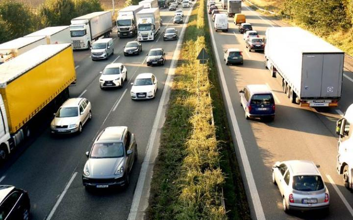 Traffic jams costing drivers £1,317 a year