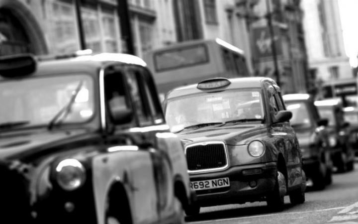 London Taxi - Be Wiser