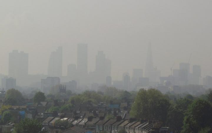 London 2016 air pollution limit exceeded in just 8 days