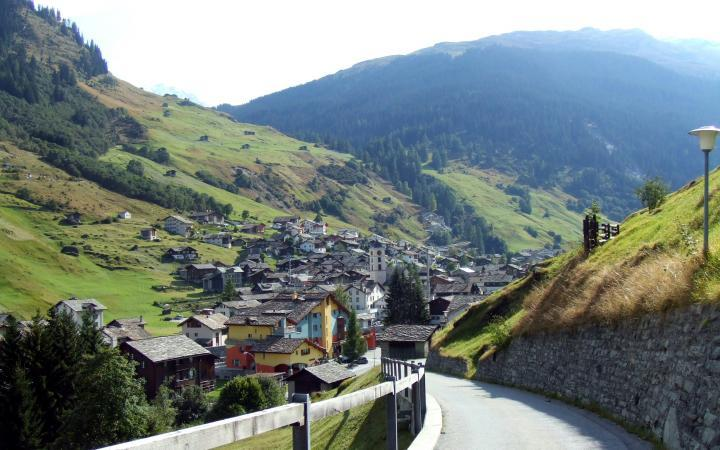 Switzerland Road - BeWiser